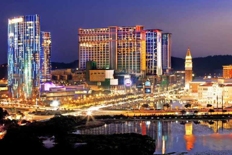 Macau neighbor Zhuhai hopes to lure casino operators across bridge with MICE